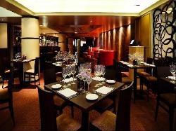 Stanza Restaurant & Late Night Bar