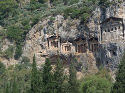 lycian tombs (25671657)