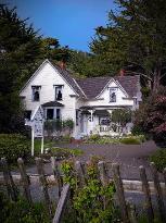 Dennen's Victorian Farmhouse