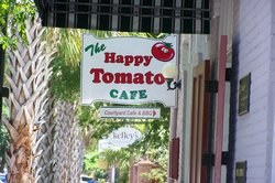 Happy Tomato Cafe