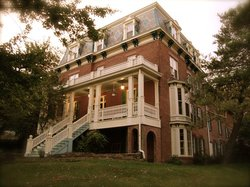 Felt Manor Guest House