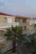 Hotel Vivian