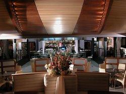 Maraia Classic Bar&Diner