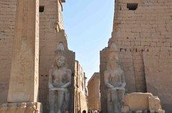 Luxor temple (25972623)