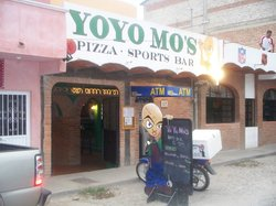 Yo Yo Mo's Pizza and Sports Bar