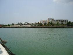 Yangpu Seaview Garden Hotel