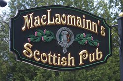 MacLaomainn's Scottish Pub