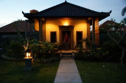 the bungalow by night