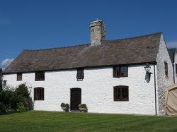 Tal Y Bryn Guest House