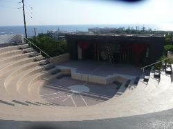 Ampi-theatre
