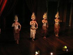 Angkor Village Apsara Theatre