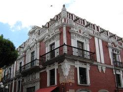 La Casa del Alegre Buho