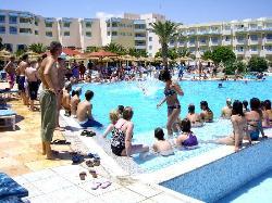 Animazione e giochi in piscina