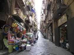 One of the side streets of central Naples (27044018)