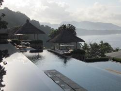 Early morning Amankila pools