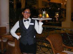 Aracelis, notre serveuse préférée.