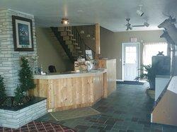 Lake Erie Lodge