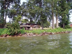 Waterfront Escape Bed and Breakfast