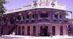 Crescent Quarters Inn