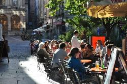 Street cafe, Lyon (27711614)