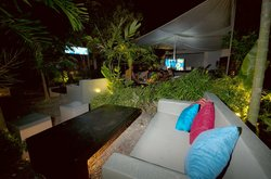 La Place Lounge resto bar