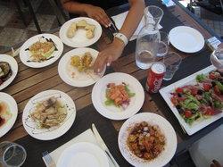 Mos Tapas Restaurant