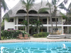 Aquarius Club International Resort
