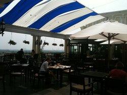 Breeze Sky Bar