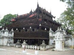 Klostret i Det Gyldne Palads (Shwenandaw Kyaung)
