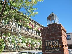 Inn of the Governors entering parking lot
