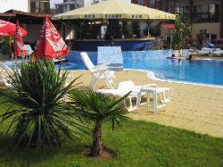 the pool-bar