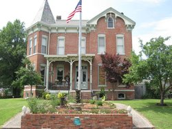 Riverview Mansion Bed & Breakfast