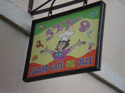 Jen's Island Cafe and Deli
