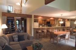 Living Room in 2 Bedroom/Loft