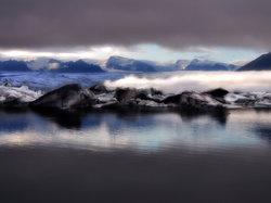 ทะเลสาบธารน้ำแข็งโจกุลซาลอน