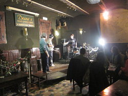 Deane's Irish Pub And Grill