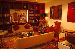 guest drawing room