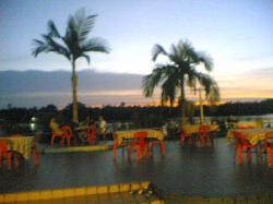 al fresco dining, Maggie Cafe (aka Cafe de Maggie, Limbang)