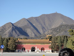 Ming Tombs (Ming Shishan Ling)