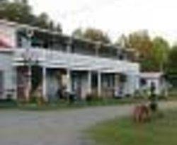 Cheminis Lodge