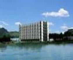 Hujing Business Hotel