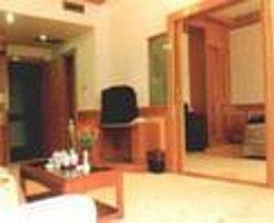 Dongyi Hotel