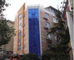 Shuanggou Hotel