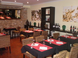 Aromi Restaurant