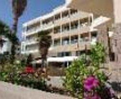 Saint Constantin Hotel