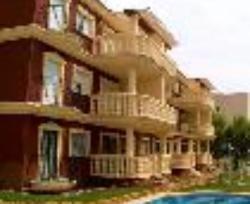 Apartamentos Madeirar
