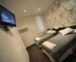 Analina Rooms