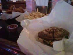Carl's Bar