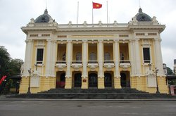 Opera house in Hanoi (29354613)