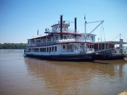 Mark Twain Riverboat Dinner Cruise